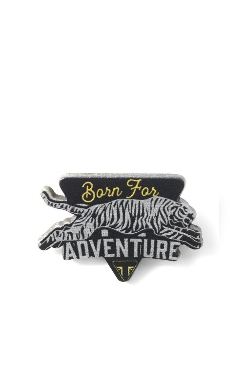 ADVENTURE PIN BADGE X1